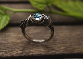 Silver and topaz leaf ring size O