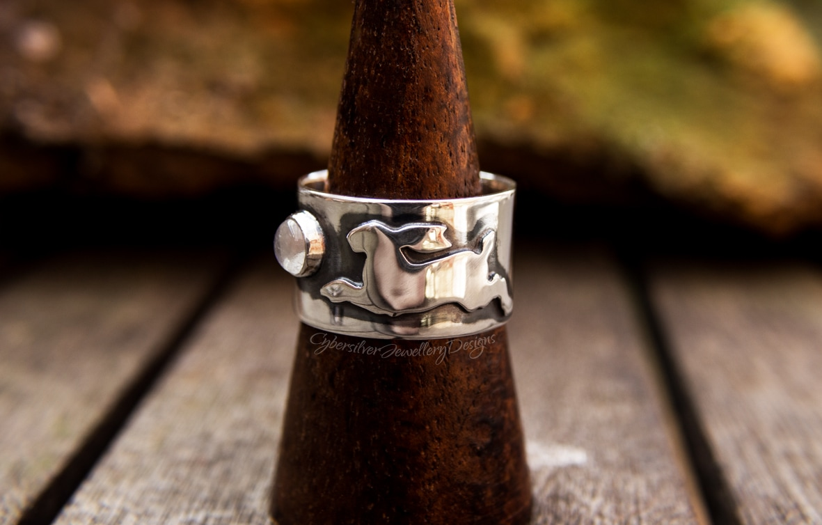 Blue moonstone hare silver ring