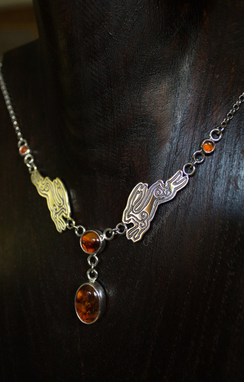 sterling silver hare necklace with amber